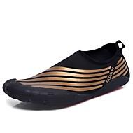 baratos Sapatos Masculinos-Homens Sapatos Confortáveis Couro Ecológico Outono Tênis Água Preto / Marron / Preto / verde