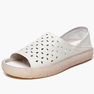 tanie Obuwie damskie-Damskie Skóra nappa Lato Vintage / Casual Sandały Płaski obcas Buty z wystającym palcem Biały / Jasnoniebieski