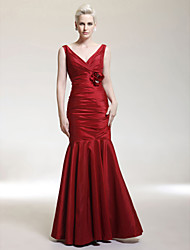 cheap -Mermaid / Trumpet V Neck Floor Length Taffeta Formal Evening / Military Ball Dress with Flower Ruched by TS Couture®