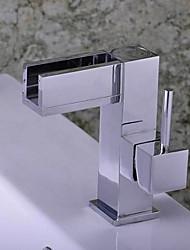 Moderno Installazione centrale Cascata with  Valvola in ceramica Una manopola Un foro for  Cromo , Lavandino rubinetto del bagno