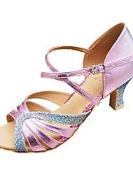 baratos -Mulheres Sapatos de Dança Latina / Dança de Salão Courino Sandália / Salto Presilha Salto Agulha Não Personalizável Sapatos de Dança Prateado / Preto / Preto / Rosa / Couro