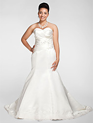 Mermaid / Trumpet Sweetheart Chapel Train Satin Wedding Dress with Beading Appliques Criss-Cross by LAN TING BRIDE®