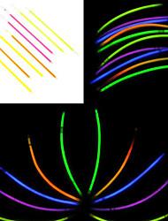Недорогие -100PCS фосфоресцирующий ручки зарева Смешанные Случайные Реквизит Цвет концерт