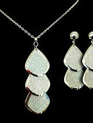 Conjunto de jóias Mulheres Casamento / Presente / Festa / Ocasião Especial Conjuntos de Joalharia Liga Colares / Brincos Prateado