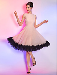 cheap -A-Line Bateau Neck Knee Length Chiffon Cocktail Party Homecoming Holiday Dress with Lace by TS Couture®