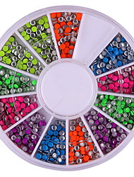 preiswerte -2mm Mixed Color Rundheit Rivet Nail Art-Dekorationen