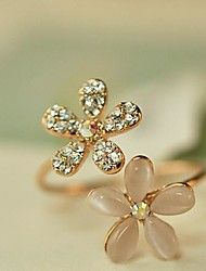 Small Daisy Flowers Rhinestone Adjustable Ring