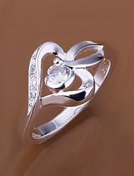 vilin coeur de l'anneau micro dermique des femmes