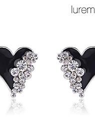 baratos -Brincos Curtos Amor Coração Cristal imitação de diamante Liga Formato de Coração Branco Preto Jóias Para Diário