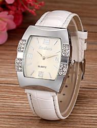 baratos -Mulheres Relógio de Pulso imitação de diamante PU Banda Brilhante / Fashion / Relógio simulado de diamantes Branco / Azul / Rosa / Um ano / SSUO 377