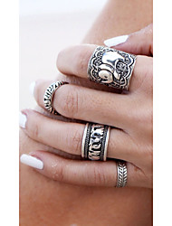 cheap -4PCS Vintage Punk Ring Set Unique Carved Antique Silver Elephant Totem Leaf Lucky Rings for Women Boho Beach Jewelry