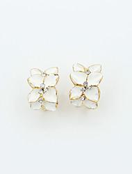 abordables -Pendientes cortos Cristal Brillante Chapado en Oro La imitación de diamante 18K de oro Moda Blanco Negro Joyas 2 piezas