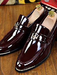 cheap -Men's Shoes Office & Career / Party & Evening / Casual Patent Leather Loafers Black / Blue / Burgundy