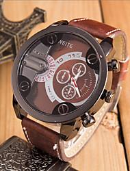 cheap -Men's Wrist Watch Sport Watch Leather Band Charm Black / Orange / Brown
