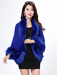 Long Sleeves Faux Fur Imitation Cashmere Wedding Wedding  Wraps Fur Coats Hoods & Ponchos With Feathers / fur Capelets