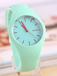 cheap -Women's Quartz Wrist Watch Hot Sale Rubber Band Charm Casual Fashion Black White Blue Red Orange Green Pink Purple Yellow Beige