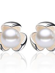 2016 Korean Women 925 Silver Sterling Silver Jewelry Imitation Pearl Flower Earrings Stud Earrings 1Pair