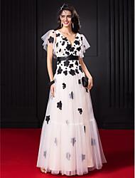 Trapèze Col en V Longueur Sol Tulle Promo Robe avec Fleur(s) Ceinture / Ruban par TS Couture®