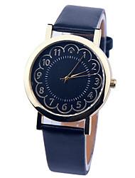 baratos -Mulheres Relógio de Pulso PU Banda Amuleto / Fashion Preta / Branco / Verde / Aço Inoxidável