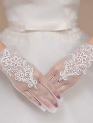 preiswerte -Spitze Tüll Polyester Handgelenk-Länge Handschuh Brauthandschuhe Party / Abendhandschuhe