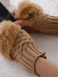 Cute Plaid Pattern Short Paragraph Warm Winter Wool Knitted Half Finger Gloves