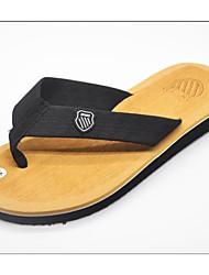preiswerte -Herrn Schuhe PVC Sommer Komfort Slippers & Flip-Flops für Normal Braun Rot Grün Blau Kamel