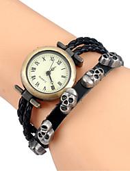 preiswerte -Damen Modeuhr Armbanduhr Armband-Uhr Quartz Mehrfarbig Leder Band Vintage Karton Totenkopf Böhmische Armreif Cool BequemSchwarz Braun