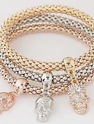 abordables -Femme Effets superposés Empiler Charmes pour Bracelets - Strass, Imitation Diamant Crâne Luxe, Européen, Style Simple Bracelet Arc-en-ciel Pour Cadeau Quotidien
