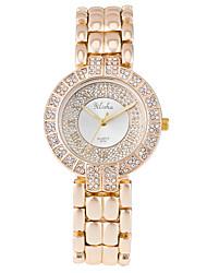 abordables -Mujer Cuarzo Reloj de Cristal Pavé Reloj de Pulsera Gran venta Aleación Banda Lujo Moda Dorado