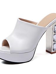 baratos -Mulheres Sapatos Couro Ecológico Primavera / Verão Sandálias Salto Robusto / Salto de bloco Peep Toe Salto em Cristal Branco / Preto /