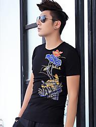 2017 printemps et été hommes&# 39; col rond manches courtes T-shirt impression vent chinois tatouage coton dominatrice de la carpe