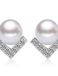 economico -orecchini a forma di v orecchini di diamanti stile classico femminile