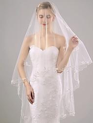 Uma Camada Borda com aplicação de Renda Véus de Noiva Véu Capela Com Apliques Estilo Floral Disperso Bordado Pérola Pérolas Franzido