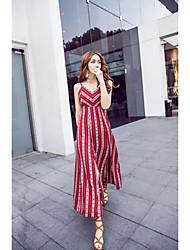 Modèle de vraie balle de bourgogne belle robe de plage plage plage robe de dentelle halter jupe de plage bohème