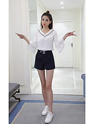 Signe solide 2017 nouveau printemps doux manches à manches v-cou chemise en mousseline de soie en vrac couture féminine