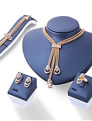 preiswerte -Damen Schmuckset Aleación Kreisförmig Euramerican Alltag 1 Halskette 1 Paar Ohrringe 1 Armreif 1 Ring Modeschmuck