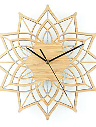 Modern/Contemporary Casual Animals Nautical Wall Clock,Novelty Wood Metal Indoor/Outdoor Indoor Clock