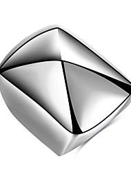 preiswerte -Herrn Ring Silber Titanstahl Geometrische Form Personalisiert Einzigartiges Design Grundlegend Euramerican Hip-Hop Modisch Rock Punk