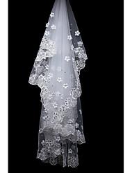 Uma Camada Borda com aplicação de Renda Véus de Noiva Véu Capela Com Apliques Flor de Cetim Strass Tule