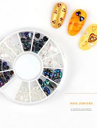 Pinpai Brand 2017 High Quality Fashionable Mix Designs Nail Art Decorations Flat Nail Rhinestone in Wheel Wholesale