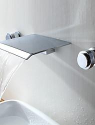 Moderne Moderne Stil Udspredt Vandfald Messing Ventil To Håndtag tre huller Krom , Håndvasken vandhane