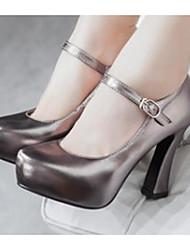 Feminino Sapatos Pele Nobuck Couro Ecológico Primavera Conforto Saltos Para Casual Dourado Prata Cinzento Escuro Vermelho