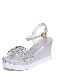 preiswerte -Damen Schuhe PU Frühling Sommer Komfort Pumps Sandalen Keilabsatz Offene Spitze Schnalle für Kleid Party & Festivität Gold Silber