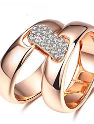 Dámské Široké prsteny Kubický zirkon Přizpůsobeno Luxus Klasické Základní Sexy láska Módní Cute Style Elegantní Zirkon Slitina Geometric