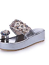 preiswerte -Damen Schuhe PU Frühling Sommer Komfort Leuchtende Sohlen Sandalen Niedriger Heel Peep Toe Strass Perle Paillette Kombination für Normal