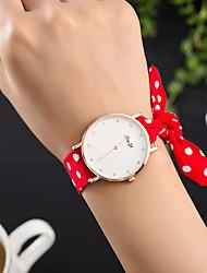 abordables -Mujer Cuarzo Reloj de Pulsera Gran venta Tejido Banda Encanto Lujo Creativo Casual Reloj creativo único Elegant Moda Cool Negro Blanco