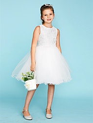 cheap -Ball Gown Knee Length Flower Girl Dress - Lace / Tulle Sleeveless Crew Neck with Bow(s) by LAN TING BRIDE®
