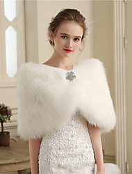cheap -Faux Fur Wedding Party / Evening Women's Wrap With Buttons Fur Capelets