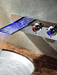 abordables -Moderno Lavabo Cascada Color variable Válvula Cerámica Dos manijas de un agujero Cromo , Baño grifo del fregadero
