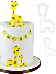 Недорогие -2шт кукуруза резак пластиковая помада торт формы торт украшения инструменты мумия ребенка жирафа